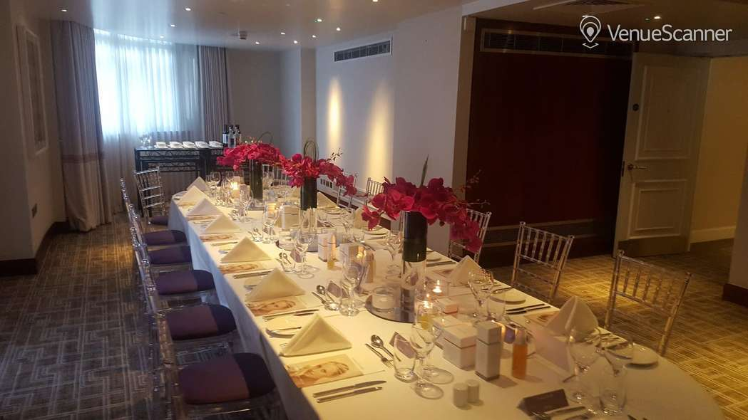 Hire London Marriott Park Lane Hyde Park Suite 2