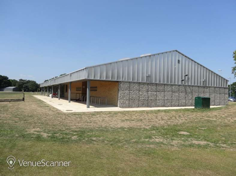 Hire Barn Elms Sports Trust Junior Pitch 4