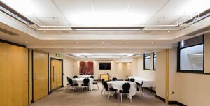 Arora Hotel Manchester, Charters Suite