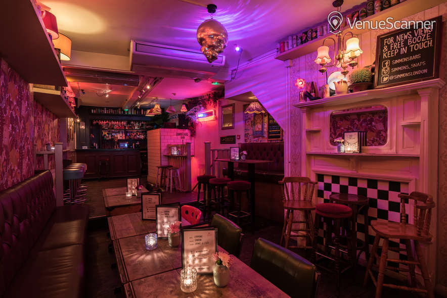 Hire Simmons | Kings Cross Main Bar