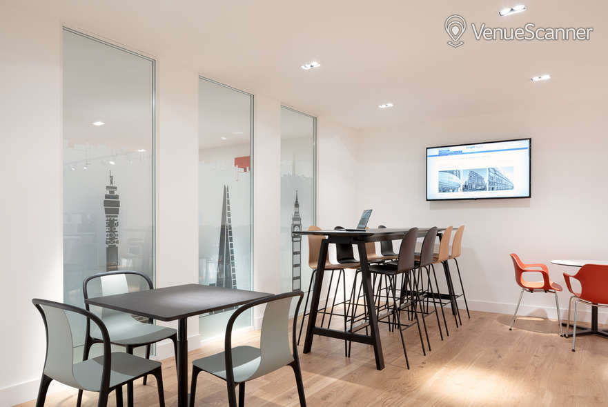 Hire Target Space Holborn 14 Person Meeting Room 6