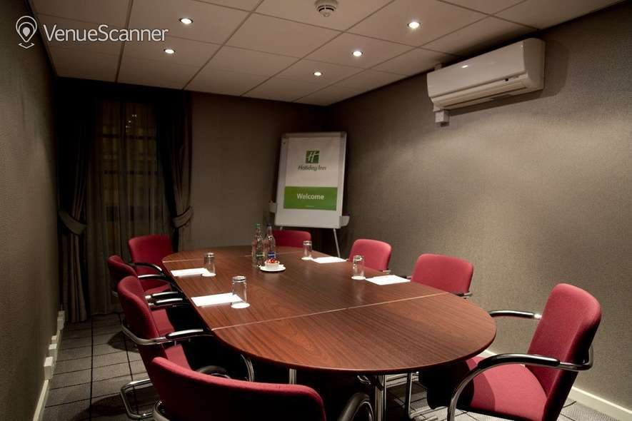 Hire Holiday Inn Theatreland - Glasgow Pigalle