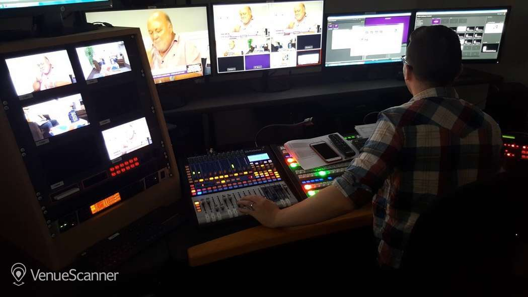 Hire Price Studios Ltd TV Studio 1 3