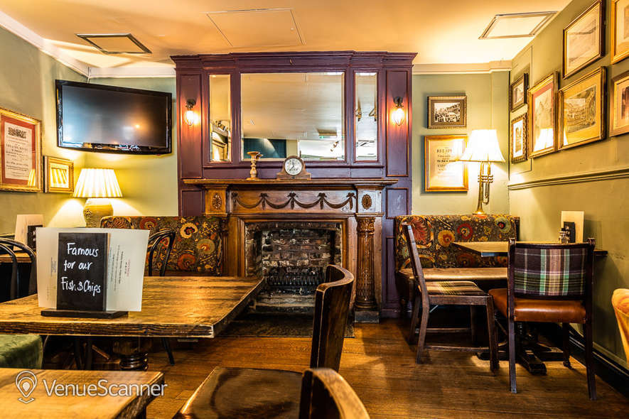 Hire The Marquess Of Anglesey Lady Charlotte Bar 2