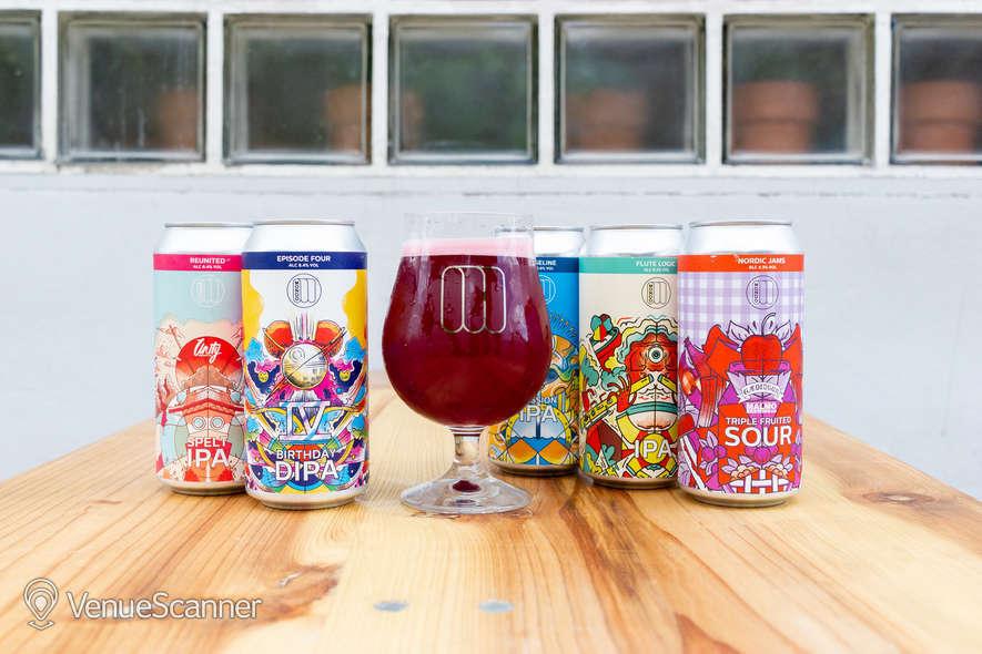 Hire Mondo Brewing Company Tap House 3