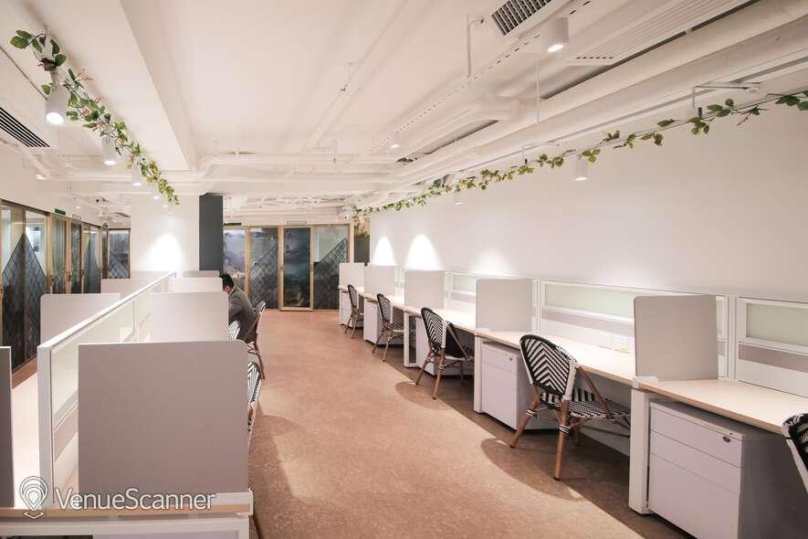 Hire Metropolitan Workspace Dedicated Desk
