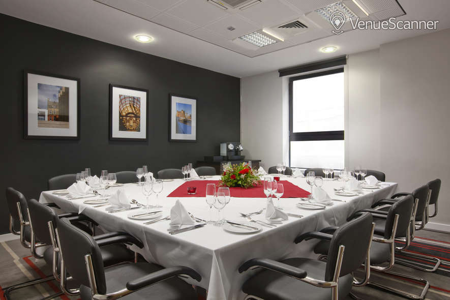 Hire Ramada Encore Newcastle-gateshead Meeting Room 1 1
