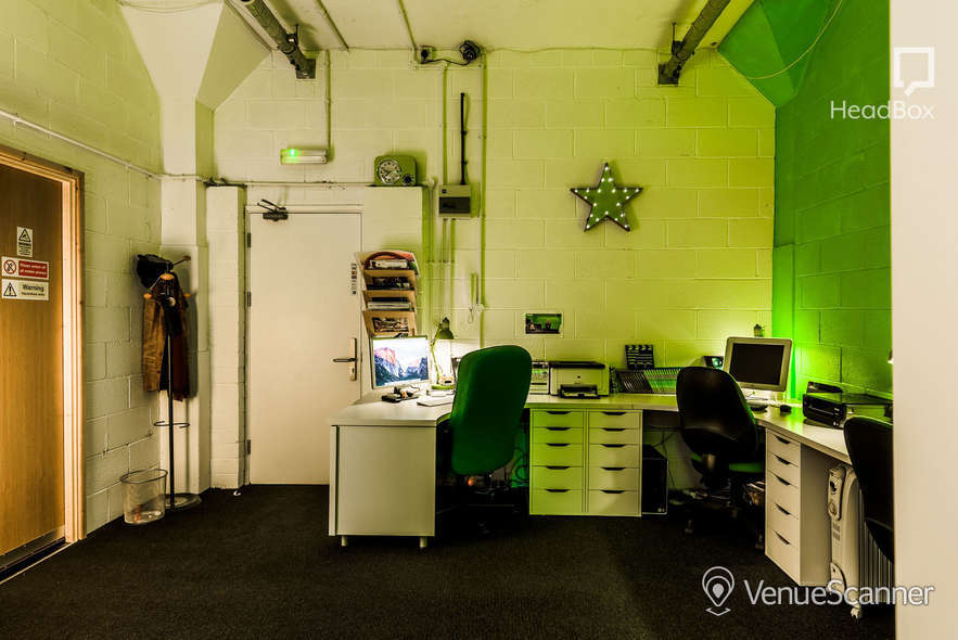 Hire Scene Q Studio Hire (Inc. Green Room & Edit Suite) 7