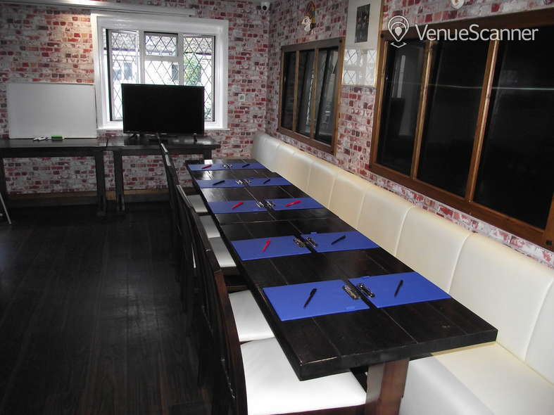 Hire Great Nepalese Restaurant Room 1 3