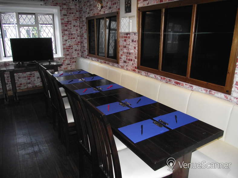 Hire Great Nepalese Restaurant Room 1 2