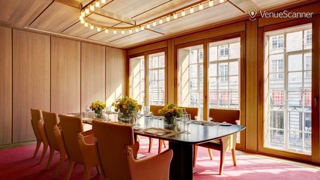 Hire Hotel Cafe Royal Nash