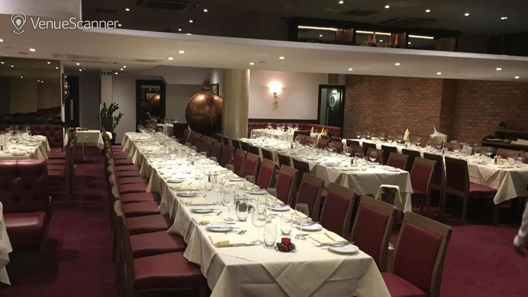 Hire Gatti's Italian Dining 60