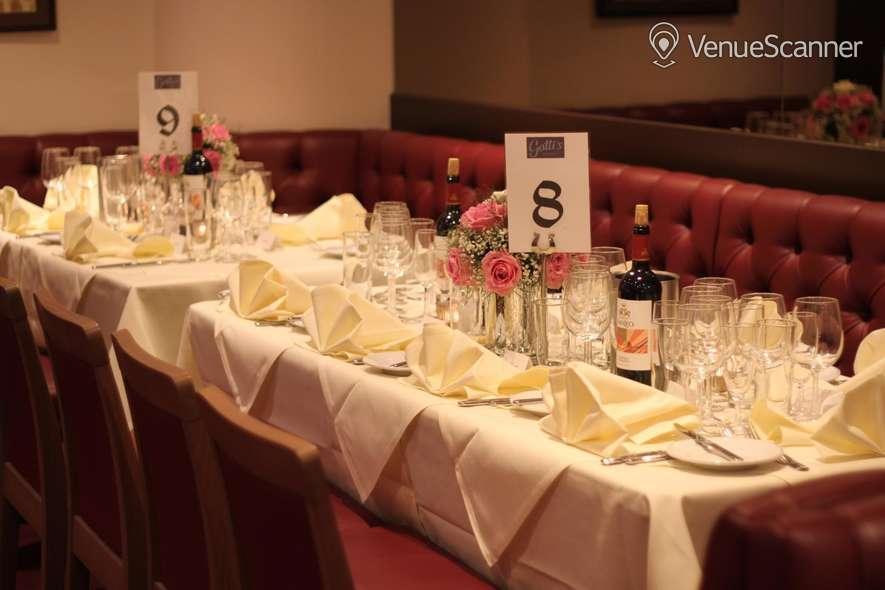 Hire Gatti's Italian Dining 9