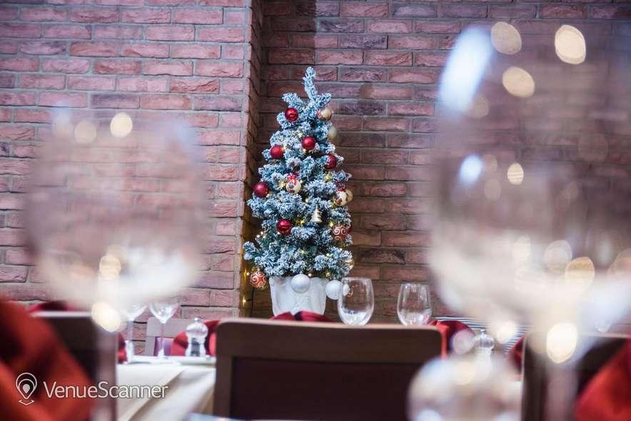 Hire Gatti's Italian Dining 102