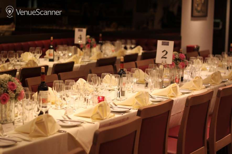 Hire Gatti's Italian Dining 10