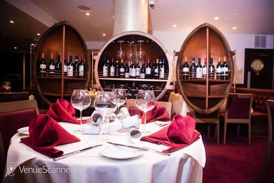 Hire Gatti's Italian Dining 104