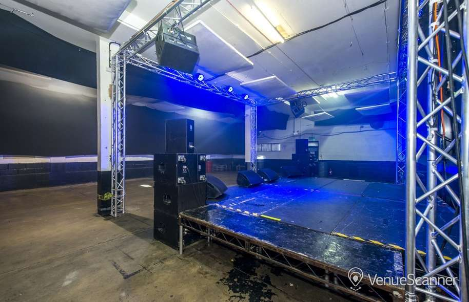 Hire Studio 9294 Studio 9294 13