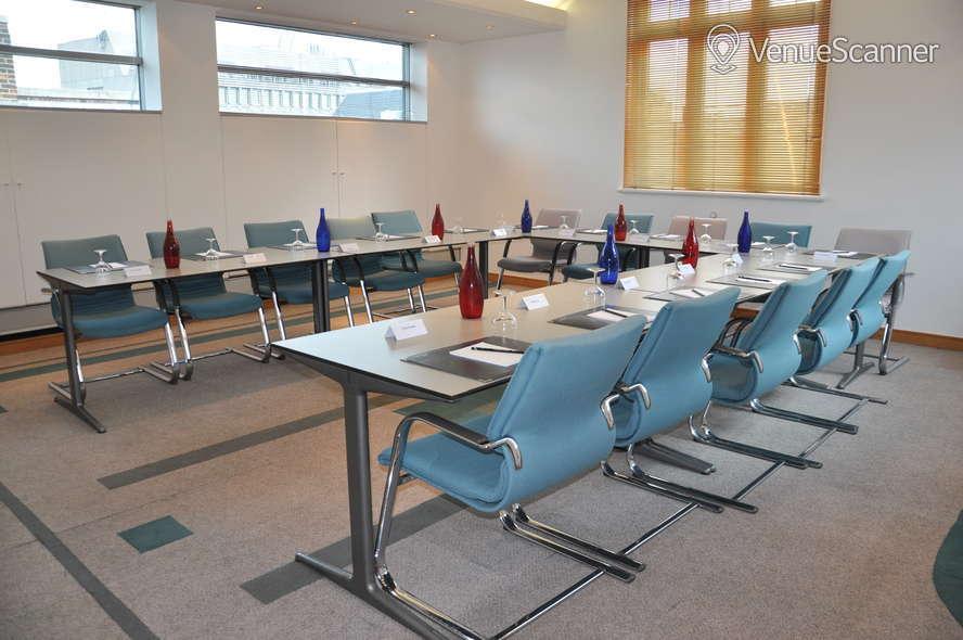 Hire 297 Euston Road Chromium Room