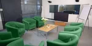 iBurbia studios, Green suite