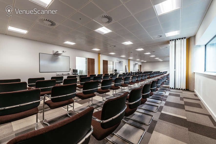 Hire Cavc Business Centre & Corporate Hire Business Centre - Room 7
