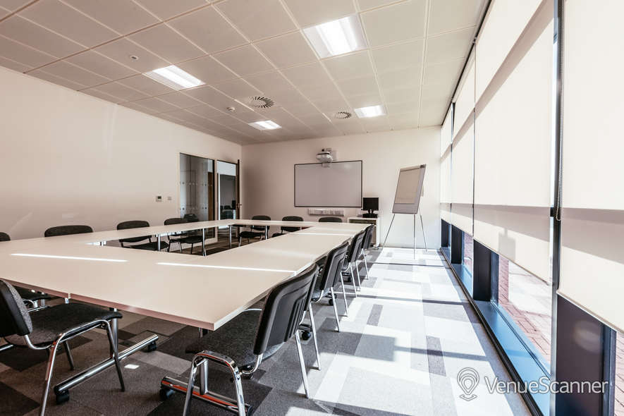 Hire Cavc Business Centre & Corporate Hire Business Centre - Room 4