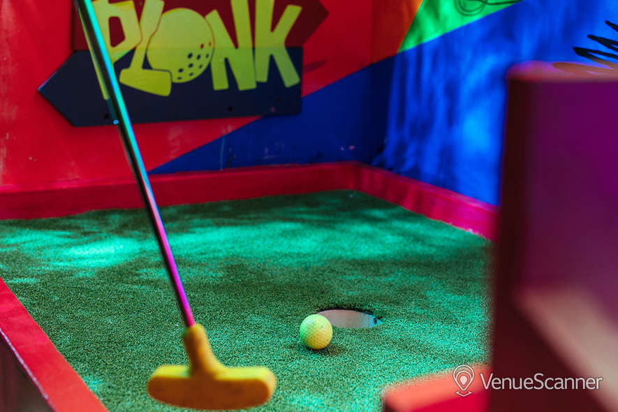 Hire Plonk Crazy Golf Shoreditch The Whole Course 8