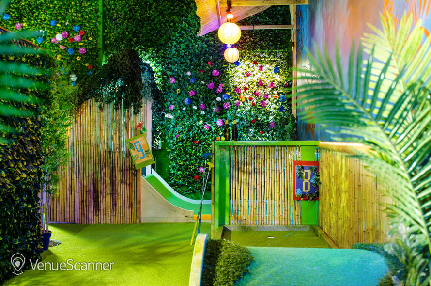 Hire Plonk Crazy Golf Shoreditch The Whole Course 3