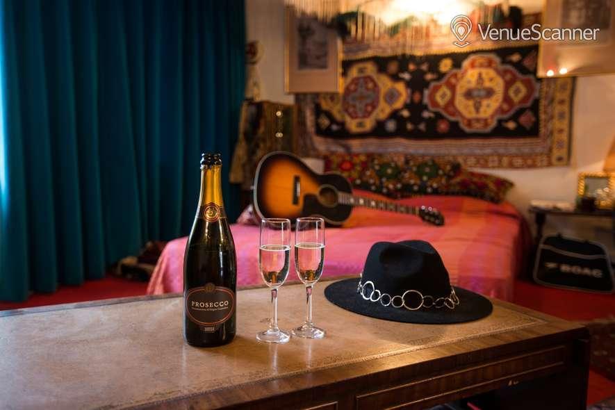 Hire Handel & Hendrix In London Hendrix Flat 10