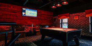 Robinsons Bar, Pool Loft
