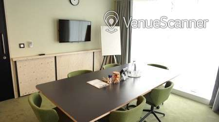 Hire The Office Group Borough Meeting Room 6