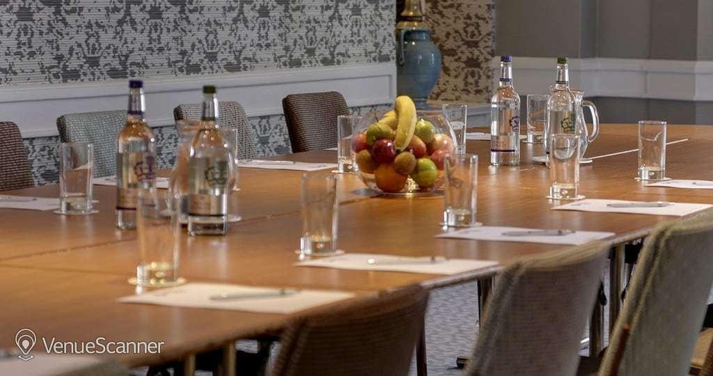 Hire Bruntsfield Hotel Cardoon Suite 4