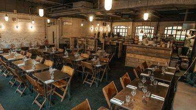 The Bermondsey Yard Cafe, Restaurant