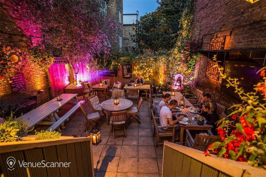 Hire The Crown & Sceptre Garden 2