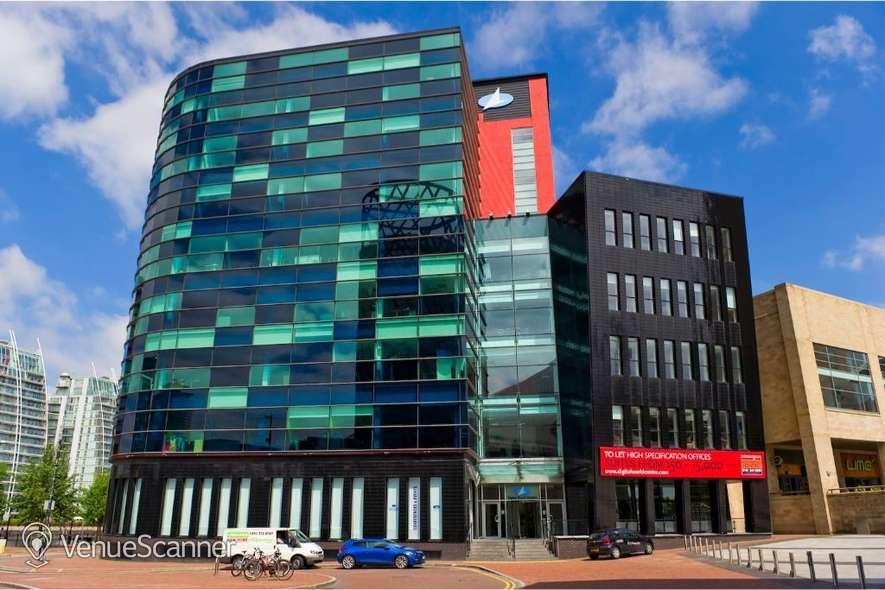 Hire Regus Manchester Digital World Centre Training Room 1