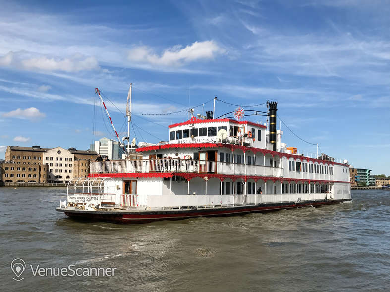 Hire Thames Luxury Charters Dixie Queen