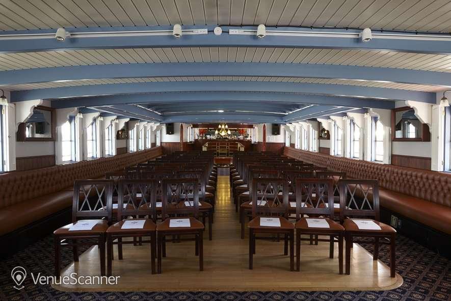 Hire Thames Luxury Charters Elizabethan 6