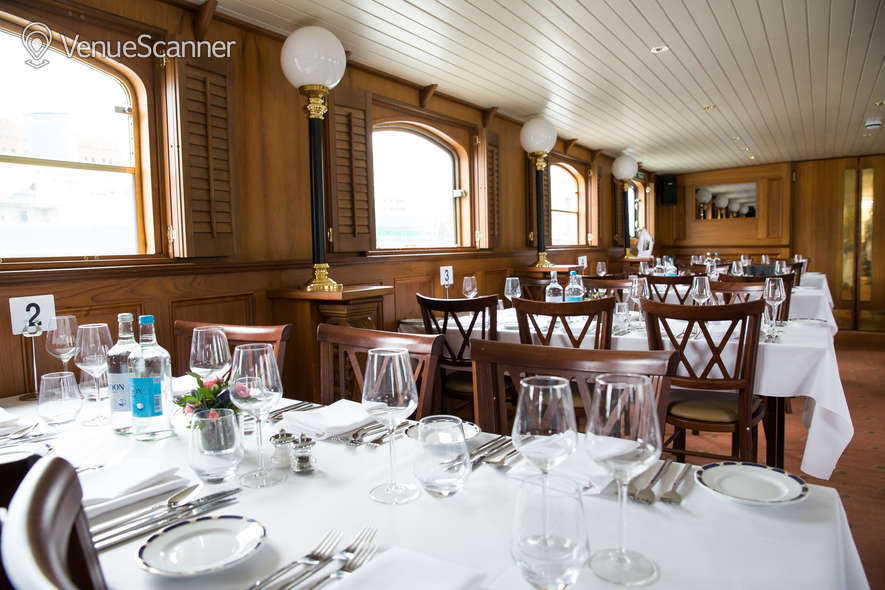 Hire Thames Luxury Charters Edwardian 7