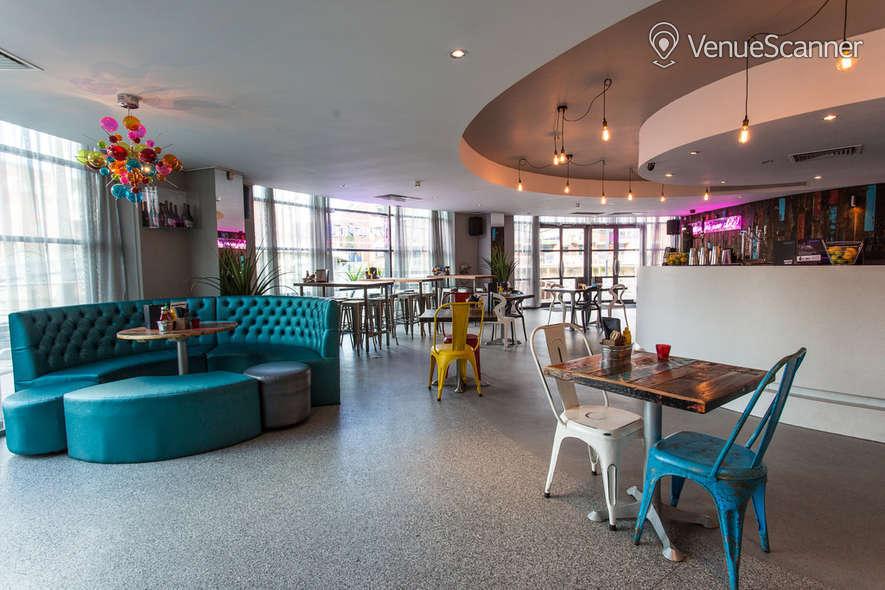 Hire Oracle Bar Leeds First Floor Club 4