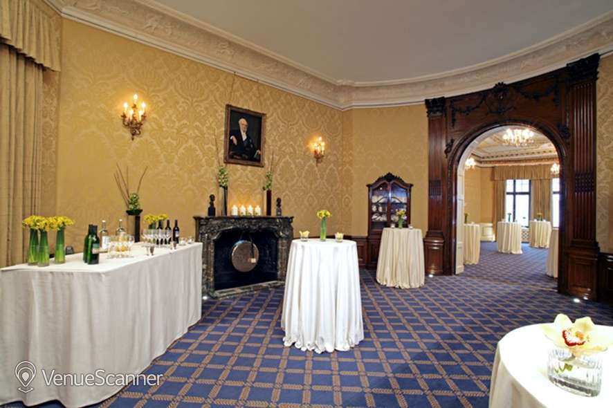 Hire No 4 Hamilton Place Council Room And Foyer 2