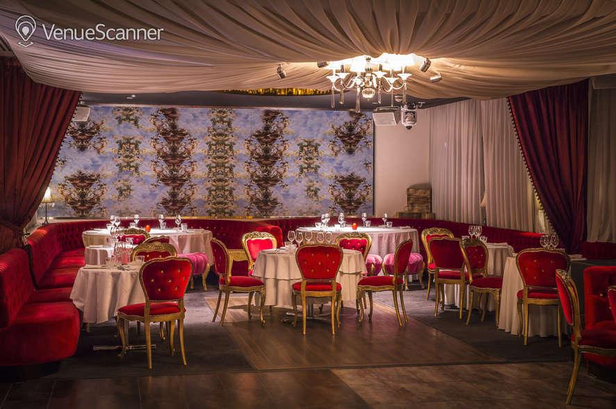 Hire Tale Bar & Baroque Tale Bar & Baroque 4