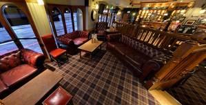 The Euston Flyer, Raised Lounge area