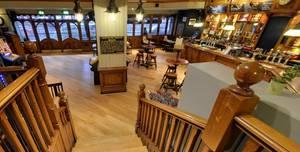 The Euston Flyer, Raised Dining Area