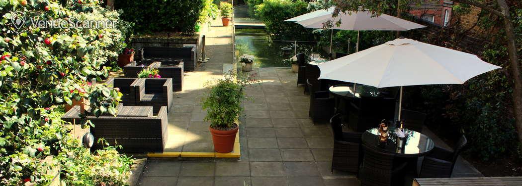 Hire Holiday Inn London - Kensington High Street Garden