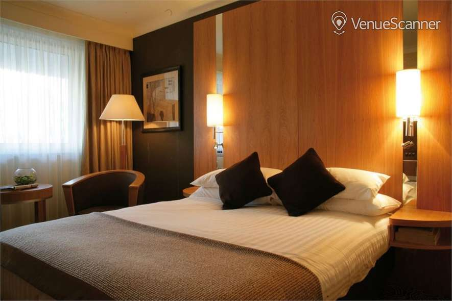Hire Crowne Plaza Reading Exclusive Hire 2