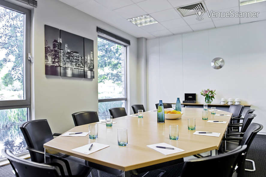 Hire Regus Reading Thames Valley Park Stratford