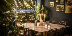 Rosa Tapas & Bar, Mezzanine
