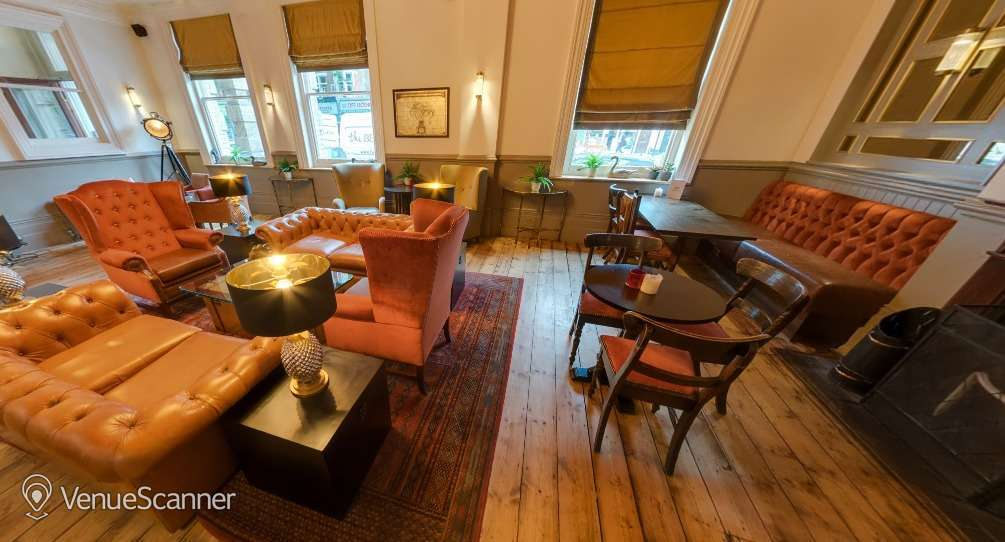... Hire The Drayton Court Hotel The Drawing Room 1 ... & Hire The Drayton Court Hotel | The Drawing Room | VenueScanner