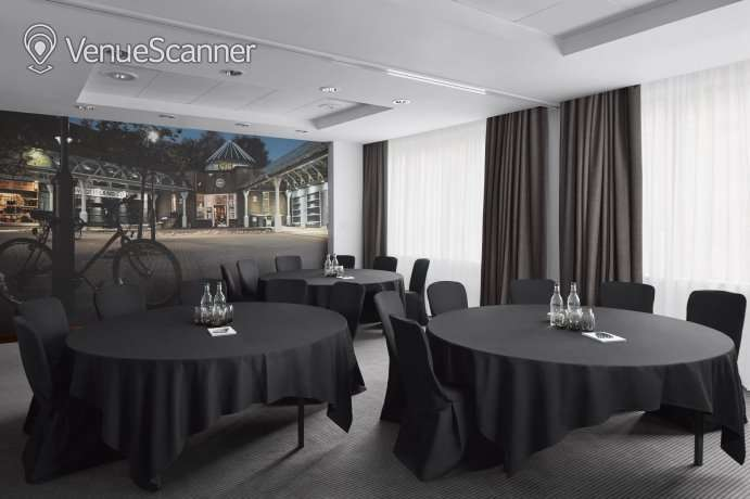 Hire Radisson Blu Hotel Glasgow Mono & Buchanan