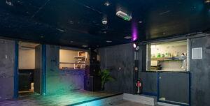 Metro Dalston, Stage/Clubroom