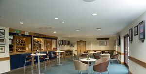 Teddington Rfc Ttcc, Club House Bar